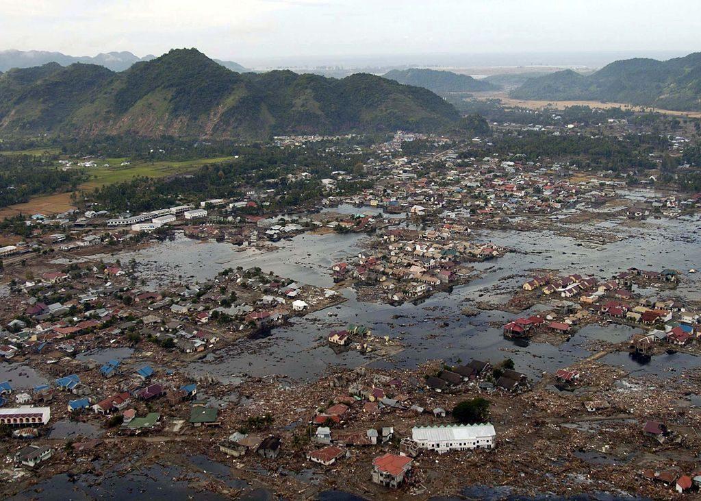 signs before tsunami