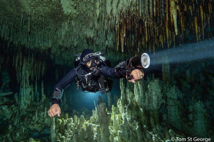 Addicted to Gear: Underwater Lights